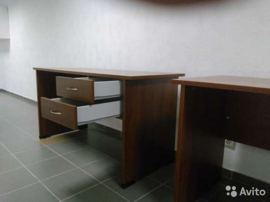 2 стола офисных новые в Санкт-Петербурге Фото 1