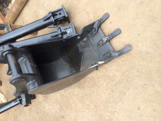 Ковш для Экскаватора погрузчика ширина 350 мм