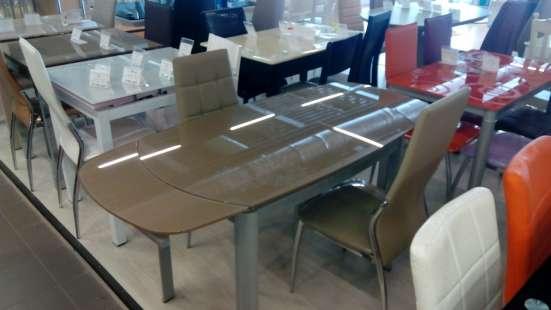 Столы из стекла, дерева, мрамора и стулья к ним в Москве Фото 1