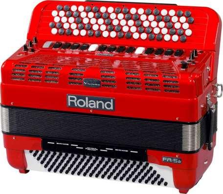 Продается цифровой баян Roland FR5b