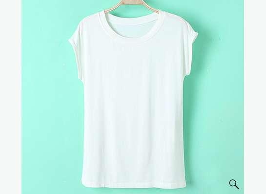 футболка женская кремового цвета