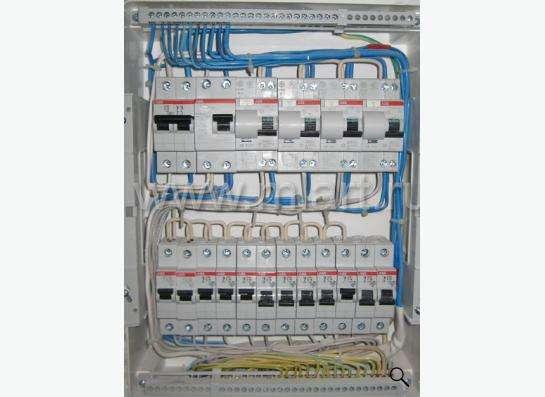 Услуги электрика по электромонтажным и ремонтным работам в Омске Фото 2