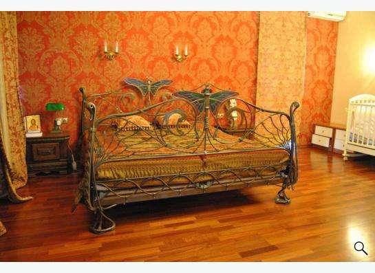 Кованая кровать .В двух-трех словах